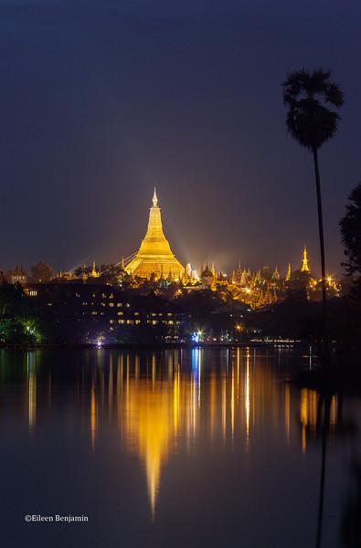 Shwedagon Pagoda & Karaweik Royal Boat, Yangon