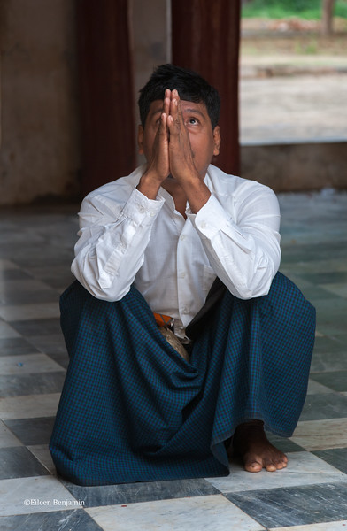 November Fullmoon Shwezigon Pagoda Food Offering Festival  - Mandalay, Myanmar