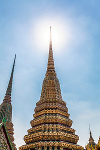 Sunshine at Wat Pho