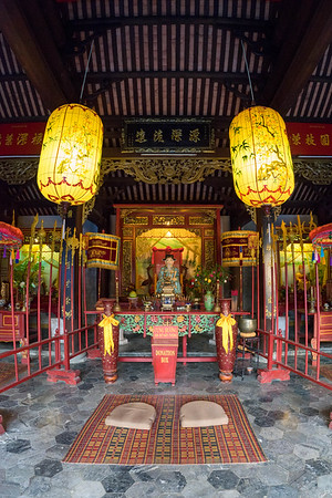 Central shrine at the Hoi Quan pagoda in Hoi An.