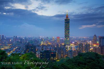 Elephant Mountain View of Taipei 101