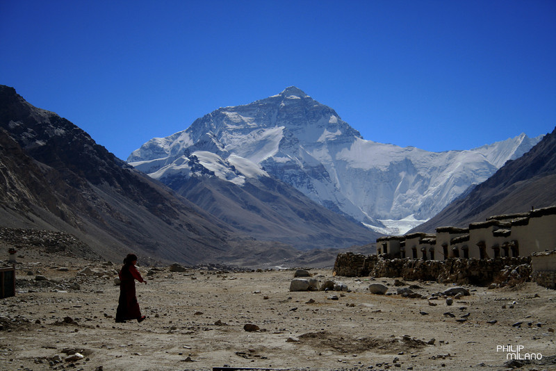 The view of Mt. Everest from Rombok Monastery