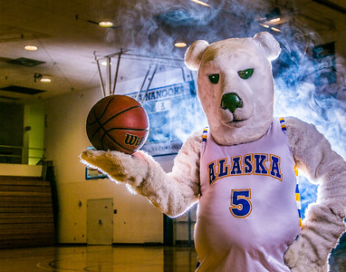 The Nanook mascot tries to keep his cool while hanging out in the Patty Gym.  Filename: ATH-13-3850-31.jpg
