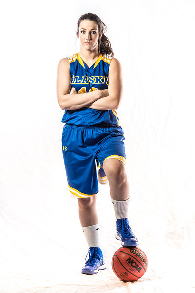 "Sophomore Kelly Logue is a guard on the Lady Nanooks from Fair Oaks, Calif.  <div class=""ss-paypal-button"">Filename: ATH-12-3625-081.jpg</div><div class=""ss-paypal-button-end"" style=""""></div>"