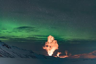 Aurora & Geyser 🔥✨