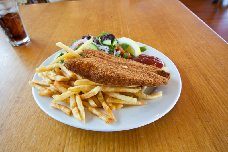 A blurry photo of the Chicken Schnitzel at the restaurant in the Three Sisters Plaza next to Echo Point in Katoomba