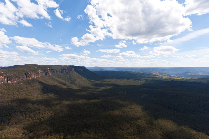 Looking into the valley west of Katoomba