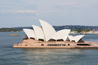 Sydney Opera House from the pedestrian walkway of the Sydney Harbour Bridge