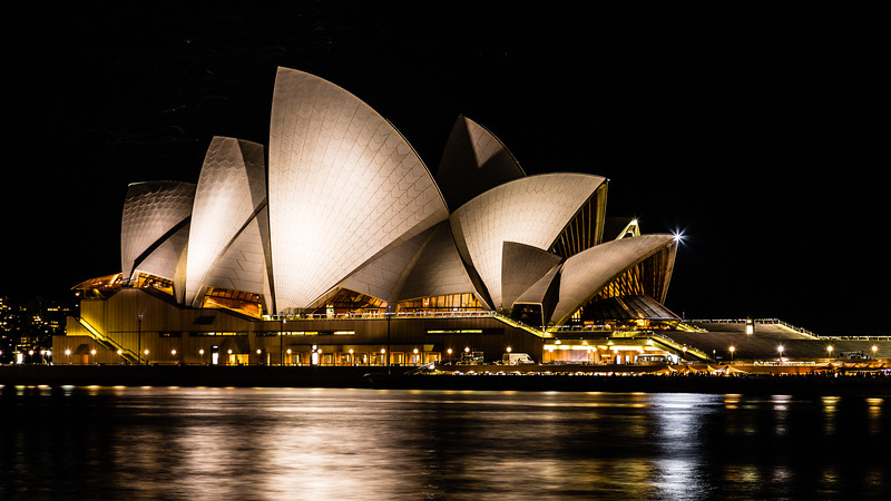 Obligatory Opera House from sea level picture. Can't go to Sydney without taking this photo!