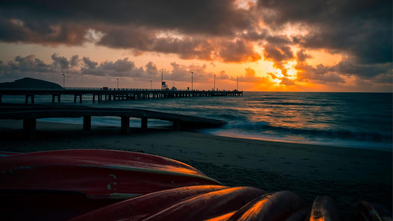Palms Cove Pier