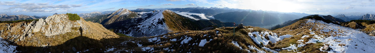 Lahnerleitenspitze, 2027m, 360° panorama, looking at Speikkogel in the middle (East)