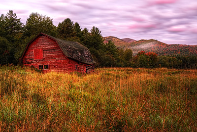Keene Barn in the Fall