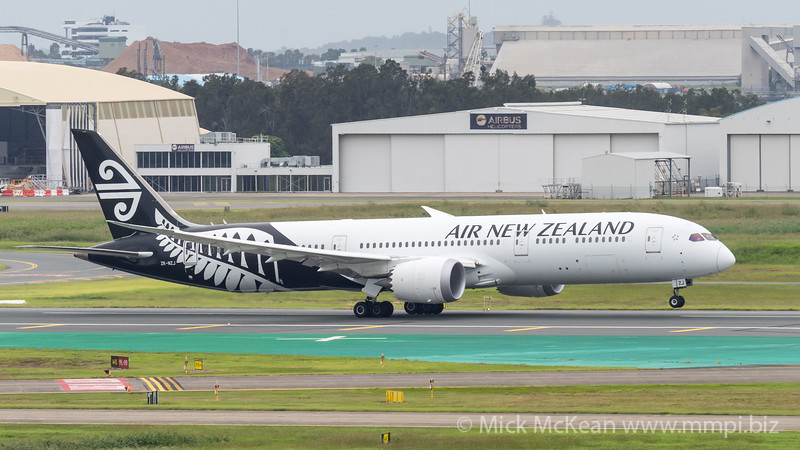 MMPI_20210403_MMPI0078_0009_ME - Air New Zealand Boeing 787-9 Dreamliner ZK-NZJ as flight NZ746 takes off from brisbane (YBBN) en route for Auckland (NZAA).