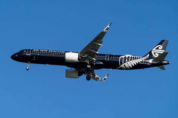 MMPI_20200215_MMPI0063_0012 - Air New Zealand Airbus A321-271NX ZK-NNA as flight NZ739 on approach to Brisbane (YBBN) ex Auckland (NZAA).