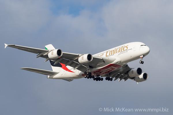 MMPI_20191103_MMPI0054_0002 - Emirates Airbus A380-842 A6-EVD .