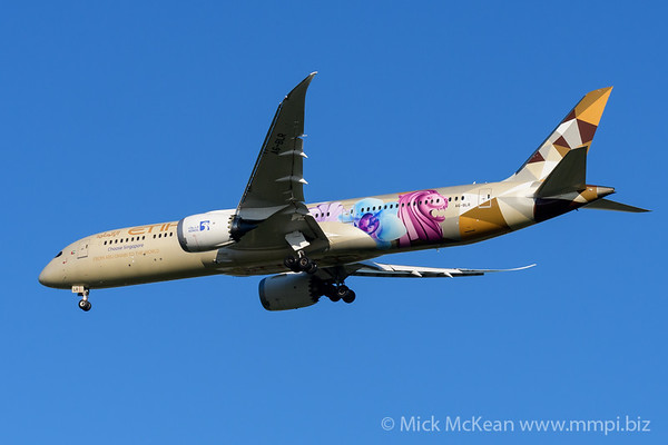 "MMPI_20200202_MMPI0063_0045 - Etihad Airways Boeing 787-9 Dreamliner in ""Choose Singapore"" livery A6-BLR as flight EY484 on approach to Brisbane (YBBN) ex Abu Dhabli (OMAA)."