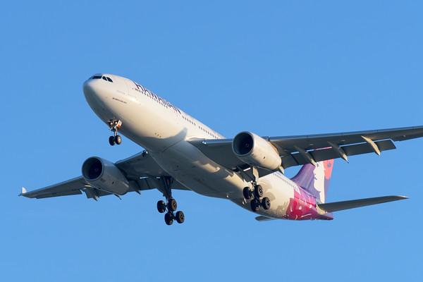"MMPI_20200215_MMPI0063_0038 - Hawaiian Airlines Airbus A330-243 N361HA ""Hoku Mau"" as flight HA443 on approach to Brisbane (YBBN) ex Honolulu (PHNL)."