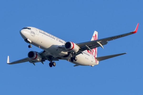 "MMPI_20200322_MMPI0063_0049 - Virgin Australia Boeing 737-8FE VH-YFY ""Mungalla"" as flight VA1118 on approach to Brisbane Airport (YBBN) ex Proserpine (YBPN)."