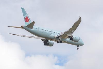 MMPI_20191103_MMPI0054_0027 - Air Canada Boeing 787-8 Dreamliner C-GHPX .
