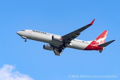 MMPI_20200126_MMPI0063_0005 - Qantas Boeing 737-838 VH-XZN as flight QF626 on approach to Brisbane (YBBN) ex Melbourne (YMML).