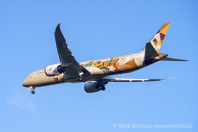 "MMPI_20200126_MMPI0063_0009 - Etihad Airways Boeing 787-9 Dreamliner A6-BLT ""Choose Italy"" livery as flight EY484 on approach to Brisbane (YBBN) ex Abu Dhabi (OMAA)."