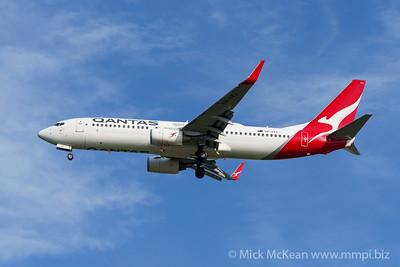 MMPI_20200127_MMPI0063_0004 - Qantas Boeing 737-838 VH-VYJ as flight QF596 on approach to Brisbane (YBBN) ex Perth (YPPH).