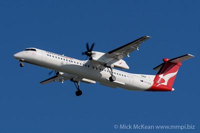 MMPI_20200202_MMPI0063_0022 - QantasLink Boeing Q400 VH-QOW as flight QF2407 on approach to Brisbane (YBBN) ex Emerald (YEML).