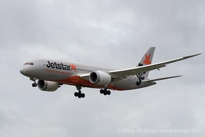 MMPI_20200208_MMPI0063_0024 - Jetstar Boeing 787-8 Dreamliner VH-VKF as flight JQ12 on approach to Gold Coast Airport (YBCG) ex Tokyo Narita (RJAA).