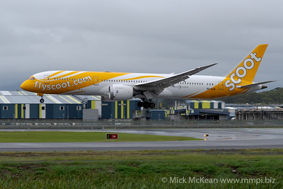 MMPI_20200208_MMPI0063_0015 - Scoot Boeing 787-9 Dreamliner 9V-OJG on approach to Gold Coast Airport (YBCG) ex Singapore (WSSS).