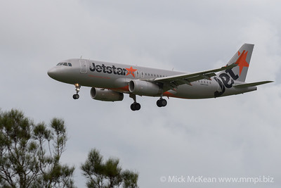MMPI_20200208_MMPI0063_0018 - Jetstar Airbus A320-232 VH-VFY as flight JQ983 on approach to Gold Coast Airport (YBCG) ex Perth (YPPH).