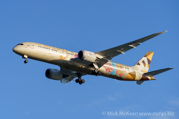 MMPI_20200215_MMPI0063_0027 - Etihad Boeing 787-9 Dreamliner A6-BLJ as flight EY484 on approach to Brisbane (YBBN) ex Abu Dhabi (OMAA).
