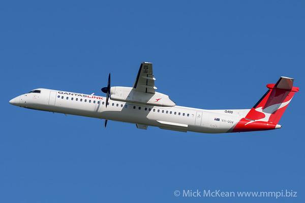 MMPI_20200215_MMPI0063_0006 - QantasLink Bombardier Q400 VH-QOV as flight QF2324 climbing after takeoff from Brisbane Airport (YBBN) bound for Bundaberg (YBUD).