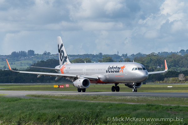 MMPI_20200216_MMPI0063_0020 - Jetstar Airbus A321-231 VH-VWQ as flight JQ435 taxiing at Gold Coast Airport (YBCG) bound for Melbourne (YMML).