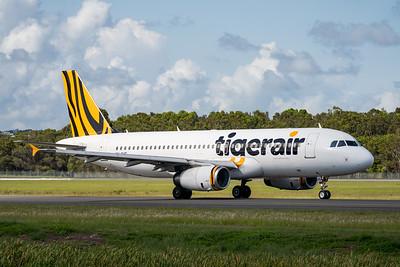 MMPI_20200216_MMPI0063_0025 - Tigerair Australia Airbus A320-232 VH-XUG as flight TT607 taxiing at Gold Coast Airport (YBCG) bound for Sydney (YSSY).