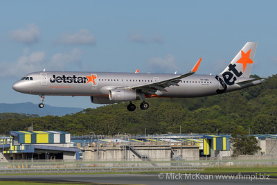 MMPI_20200216_MMPI0063_0017 - Jetstar Airbus A321-231 VH-VWQ as flight JQ430 on approach to Gold Coast Airport (YBCG) ex Melbourne (YMML).
