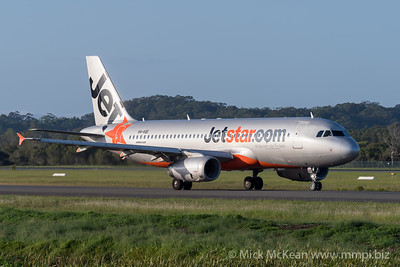 MMPI_20200216_MMPI0063_0004 - Jetstar Airbus A320-232 VH-VQE as flight JQ401 taxiing at Gold Coast Airport (YBCG) bound for Sydney (YSSY).