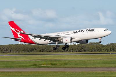 MMPI_20200229_MMPI0063_0010 - Qantas Airbus A330-202 VH-EBN as flight QF126 on approach to Brisbane Airport (YBBN) ex Auckland (NZAA).