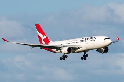 MMPI_20200229_MMPI0063_0006 - Qantas Airbus A330-202 VH-EBN as flight QF126 on approach to Brisbane Airport (YBBN) ex Auckland (NZAA).
