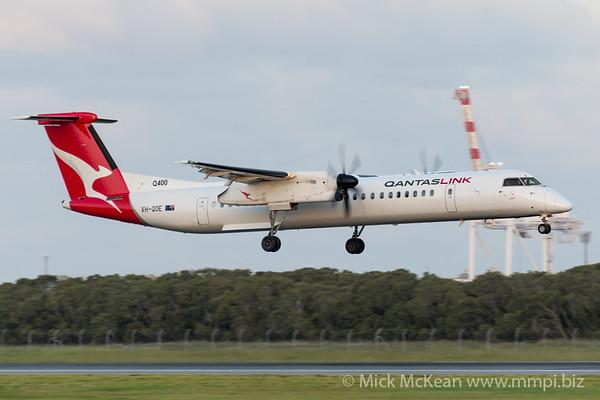 MMPI_20200229_MMPI0063_0075 - QantasLink Bombardier Q400 VH-QOE as flight QF2359 on approach to Brisbane Airport (YBBN) ex Rockhampton (YBRK).