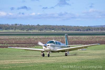 _MM56795 -  Mooney M20J VH-MVO landing at 2020 Clifton fly-in.