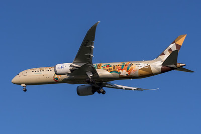 """MMPI_20200322_MMPI0063_0018 - Etihad Boeing 787-9 Dreamliner A6-BLH """"Choose Italy"""" livery as flight EY484 on approach to Brisbane Airport (YBBN) ex Abu Dhabi (OMAA)."""