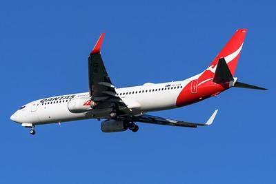 """MMPI_20200322_MMPI0063_0012 - Qantas Boeing 737-838 VH-XZA """"Leeton"""" as flight QF536 on approach to Brisbane Airport (YBBN) ex Sydney (YSSY)."""