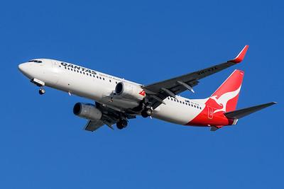 """MMPI_20200322_MMPI0063_0010 - Qantas Boeing 737-838 VH-XZA """"Leeton"""" as flight QF536 on approach to Brisbane Airport (YBBN) ex Sydney (YSSY)."""