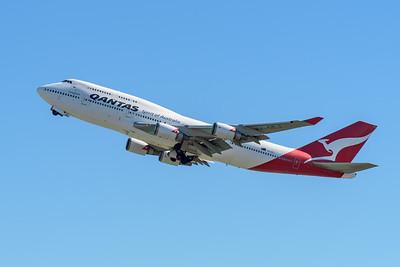 "MMPI_20200715_MMPI0063_0005 - Qantas Boeing 747-438(ER) VH-OEJ ""Wunala"" as flight QF747 takes off for its Brisbane farewell joy flight to celebrate retirement of the Qantas 747 fleet."