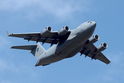 MMPI_20201001_MMPI0063_0006 - Royal Australian Air Force Boeing C-17A Globemaster III A41-210 climbing after takeoff.