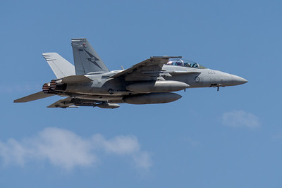 MMPI_20201001_MMPI0063_0015 - Royal Australian Air Force Boeing F/A-18F Super Hornet A44-223 climbing after takeoff.