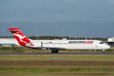 MMPI_20201126_MMPI0063_0014 - QantasLink Boeing 717-2K9 VH-YQX as flight QF1790 takes off from Brisbane (YBBN) en route for Rockhampton (YBRK).
