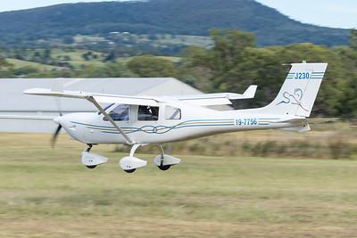 MMPI_20210220_MMPI0079_0048 -  Jabiru J230-D 19-7756 landing at the Airsport Qld breakfast fly-in.