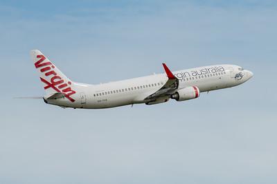 MMPI_20210227_MMPI0078_0018 - Virgin Australia Boeing 737-8FE VH-YVA takes off from Brisbane (YBBN).