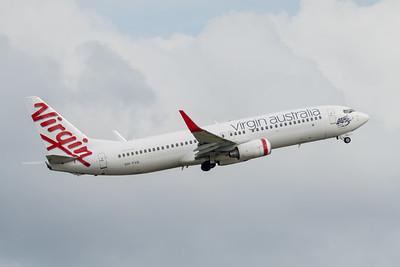 MMPI_20210227_MMPI0078_0017 - Virgin Australia Boeing 737-8FE VH-YVA takes off from Brisbane (YBBN).
